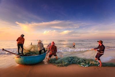 fishermen-2983615_960_720.jpg